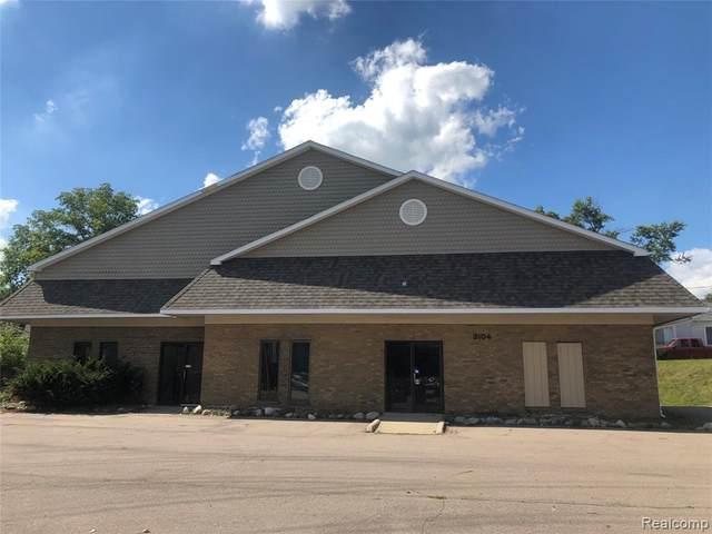 3104 S Cedar Street, Lansing, MI 48910 (MLS #R219106696) :: Berkshire Hathaway HomeServices Snyder & Company, Realtors®