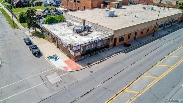 10801 W Warren Avenue, Dearborn, MI 48126 (MLS #R2210000754) :: Berkshire Hathaway HomeServices Snyder & Company, Realtors®
