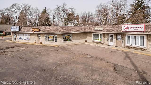 2482 Orchard Lake Road, Sylvan Lake, MI 48320 (MLS #R2210011998) :: Berkshire Hathaway HomeServices Snyder & Company, Realtors®