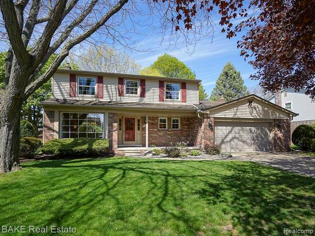 16831 White Haven Drive, Northville, MI 48168 (MLS #R2210023848) :: Berkshire Hathaway HomeServices Snyder & Company, Realtors®
