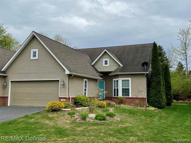 122 Fox Hollow Drive, Metamora, MI 48455 (MLS #R2210031911) :: Berkshire Hathaway HomeServices Snyder & Company, Realtors®