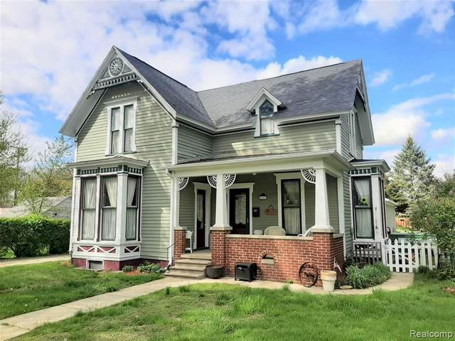 822 W Huron Avenue, Vassar, MI 48768 (MLS #R2210032612) :: Berkshire Hathaway HomeServices Snyder & Company, Realtors®