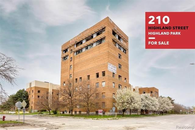 210 Highland Street, Highland Park, MI 48203 (MLS #R2210032751) :: Berkshire Hathaway HomeServices Snyder & Company, Realtors®