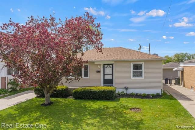 22614 Lanse Street, Saint Clair Shores, MI 48081 (MLS #R2210030513) :: Berkshire Hathaway HomeServices Snyder & Company, Realtors®