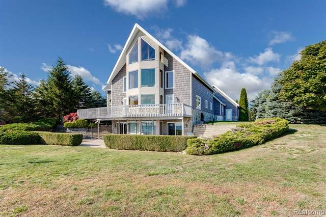 4450 N Lakeshore Road, Deckerville, MI 48427 (MLS #R2210034385) :: Berkshire Hathaway HomeServices Snyder & Company, Realtors®