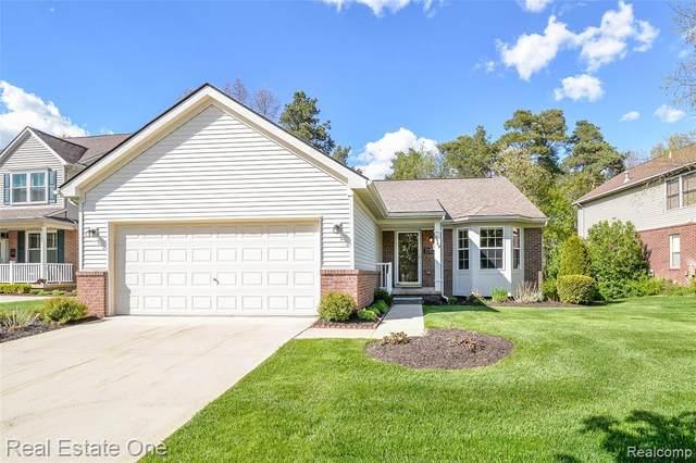 9849 Tioga Trail, Pinckney, MI 48169 (MLS #R2210034508) :: Berkshire Hathaway HomeServices Snyder & Company, Realtors®