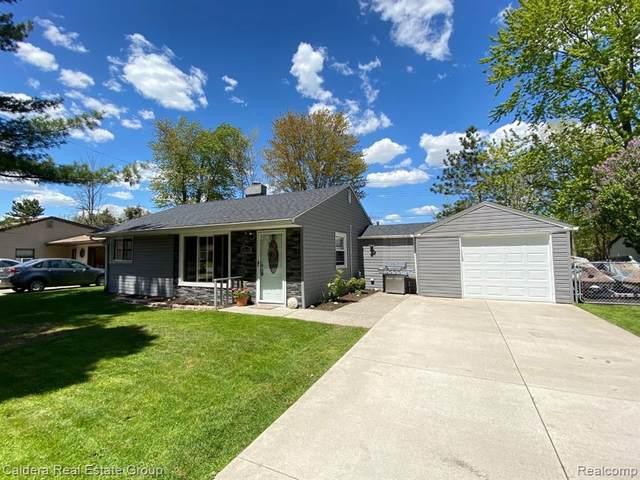 37315 Woodland Drive, New Baltimore, MI 48047 (MLS #R2210035402) :: Berkshire Hathaway HomeServices Snyder & Company, Realtors®