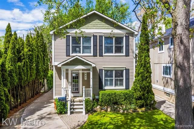 643 Emmons Avenue, Birmingham, MI 48009 (MLS #R2210033427) :: Berkshire Hathaway HomeServices Snyder & Company, Realtors®