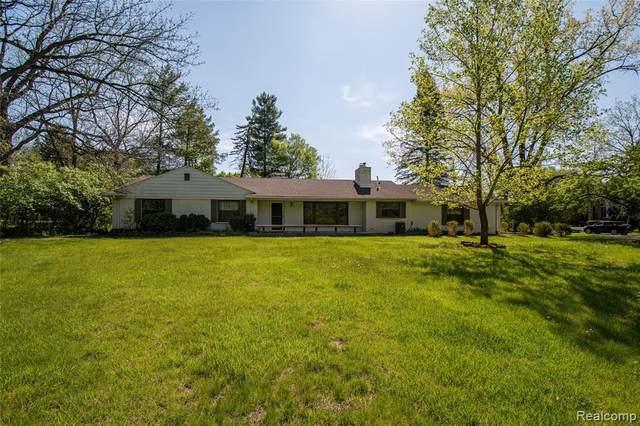 30415 S Greenbriar Road, Franklin, MI 48025 (MLS #R2210035559) :: Berkshire Hathaway HomeServices Snyder & Company, Realtors®