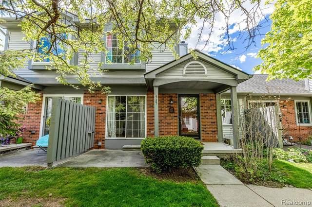 525 Winwood Cir Circle, Walled Lake, MI 48390 (MLS #R2210035696) :: Berkshire Hathaway HomeServices Snyder & Company, Realtors®