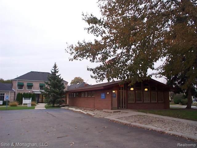 132 Trumbull Street, Saint Clair, MI 48079 (MLS #R2210037494) :: Berkshire Hathaway HomeServices Snyder & Company, Realtors®