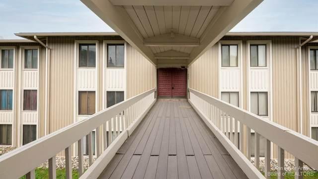 885 Cliffs Drive #303, Ypsilanti, MI 48198 (MLS #3281774) :: Berkshire Hathaway HomeServices Snyder & Company, Realtors®
