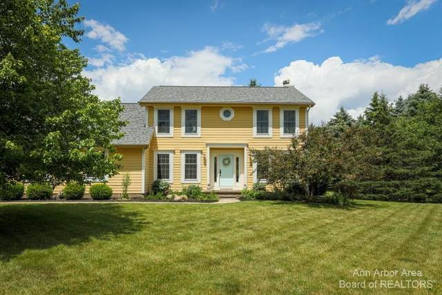 8952 E Stoneyfield Drive, Dexter, MI 48130 (MLS #3281819) :: Berkshire Hathaway HomeServices Snyder & Company, Realtors®