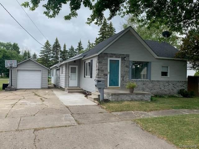 136 Fair Street, Bad Axe, MI 48413 (MLS #R2210046274) :: Berkshire Hathaway HomeServices Snyder & Company, Realtors®