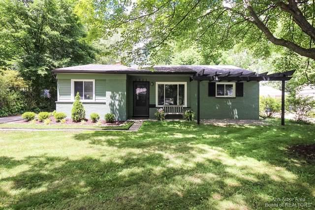 2821 Beacon Hill Street, Ann Arbor, MI 48104 (MLS #3281871) :: Berkshire Hathaway HomeServices Snyder & Company, Realtors®