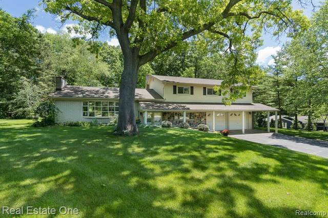 462 Charlesina Drive, Rochester, MI 48306 (MLS #R2210042761) :: Berkshire Hathaway HomeServices Snyder & Company, Realtors®