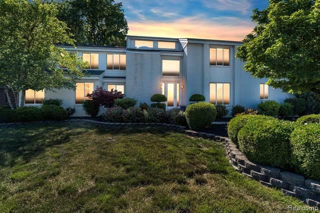 994 Saint James Park Avenue, Monroe, MI 48161 (MLS #R2210047058) :: Berkshire Hathaway HomeServices Snyder & Company, Realtors®