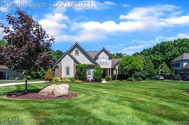 3243 Lakewood Shores Drive, Howell, MI 48843 (MLS #R2210039290) :: Berkshire Hathaway HomeServices Snyder & Company, Realtors®