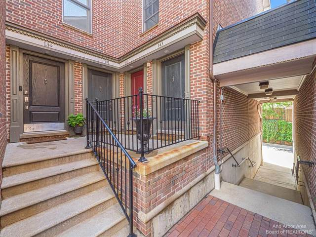 139 Ashley Mews Drive, Ann Arbor, MI 48104 (MLS #3281942) :: Berkshire Hathaway HomeServices Snyder & Company, Realtors®