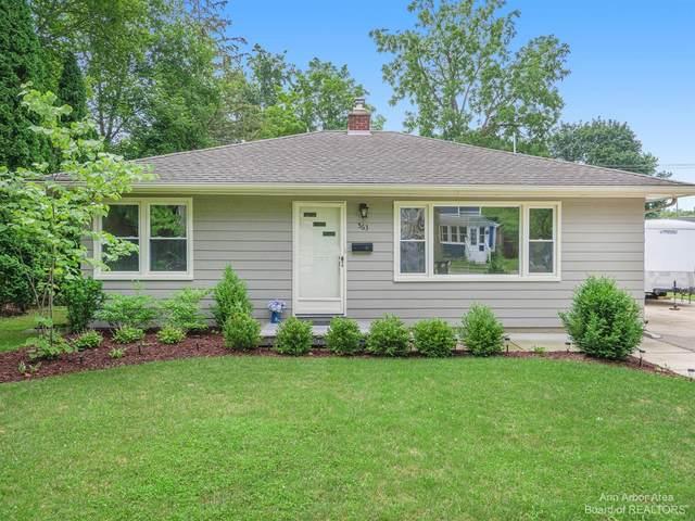 563 W Middle Street, Chelsea, MI 48118 (MLS #3282494) :: Berkshire Hathaway HomeServices Snyder & Company, Realtors®