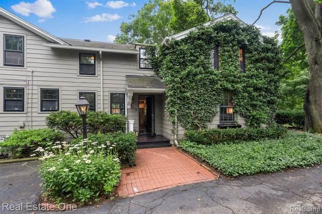 146 Puritan Avenue, Birmingham, MI 48009 (MLS #R2210055608) :: Berkshire Hathaway HomeServices Snyder & Company, Realtors®
