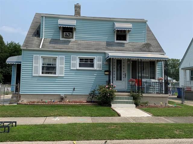 21786 Cyman Avenue, Warren, MI 48091 (MLS #R2210057501) :: Berkshire Hathaway HomeServices Snyder & Company, Realtors®