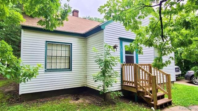 720 Charlotte Avenue, Kalamazoo, MI 49048 (MLS #R2210057573) :: Berkshire Hathaway HomeServices Snyder & Company, Realtors®