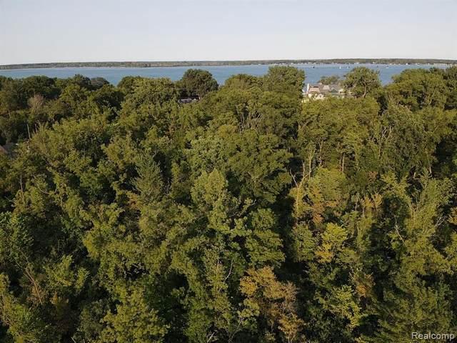 0 Parke Lane, Grosse Ile, MI 48138 (MLS #R2210058949) :: Berkshire Hathaway HomeServices Snyder & Company, Realtors®