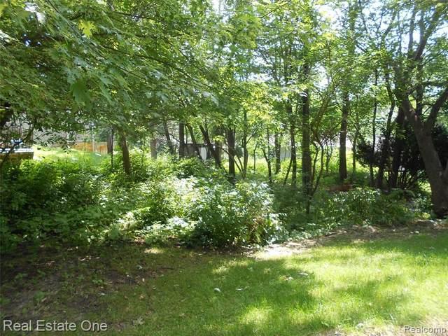 0 Grassland Ave, West Bloomfield, MI 48324 (MLS #R2210061038) :: Berkshire Hathaway HomeServices Snyder & Company, Realtors®