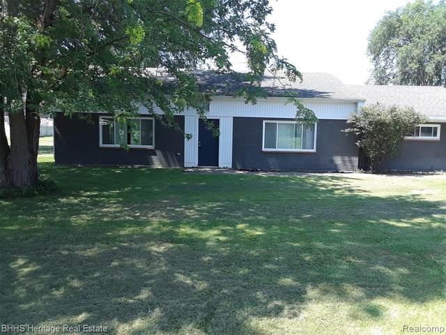 638 S Grand Avenue, Fowlerville, MI 48836 (MLS #R2210060408) :: Berkshire Hathaway HomeServices Snyder & Company, Realtors®
