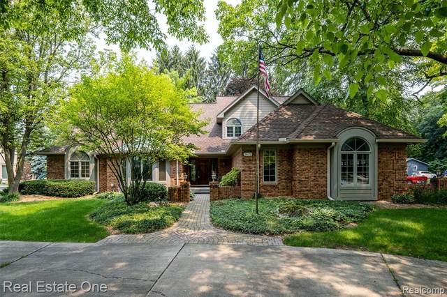 3675 Elder Road S, West Bloomfield, MI 48324 (MLS #R2210060781) :: Berkshire Hathaway HomeServices Snyder & Company, Realtors®