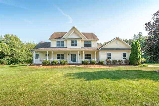 8793 Dexter Gables Lane, Dexter, MI 48130 (MLS #R2210061707) :: Berkshire Hathaway HomeServices Snyder & Company, Realtors®