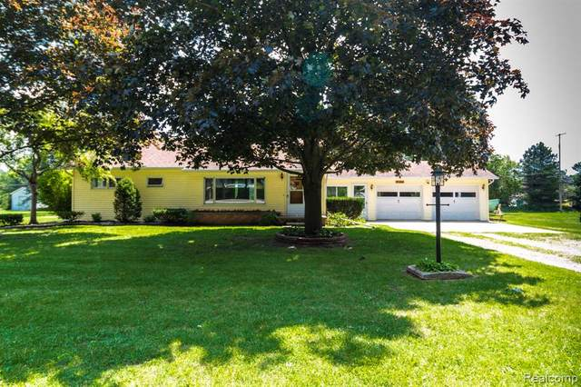 580 Borland Road, Imlay City, MI 48444 (MLS #R2210061735) :: Berkshire Hathaway HomeServices Snyder & Company, Realtors®