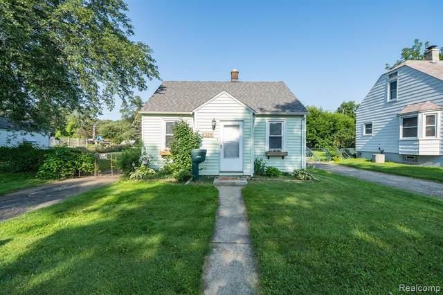 23241 Hill Avenue, Warren, MI 48091 (MLS #R2210061878) :: Berkshire Hathaway HomeServices Snyder & Company, Realtors®