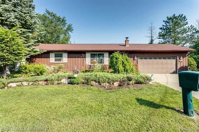 5300 Atkins Road, Kimball, MI 48074 (MLS #R2210062120) :: Berkshire Hathaway HomeServices Snyder & Company, Realtors®