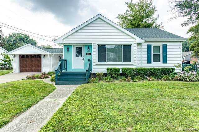 1220 Sanborn Street, Port Huron, MI 48060 (MLS #R2210062339) :: Berkshire Hathaway HomeServices Snyder & Company, Realtors®