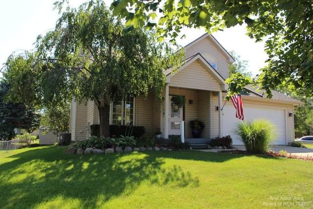 1420 Maplewood Drive, Saline, MI 48176 (MLS #3283058) :: Berkshire Hathaway HomeServices Snyder & Company, Realtors®