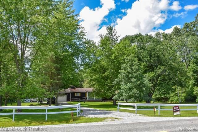 4142 Palms Road, Casco, MI 48064 (MLS #R2210062967) :: Berkshire Hathaway HomeServices Snyder & Company, Realtors®