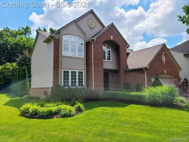 1000 Birchway, South Lyon, MI 48178 (MLS #R2210063285) :: Berkshire Hathaway HomeServices Snyder & Company, Realtors®