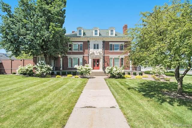 925 N Michigan Avenue, Saginaw, MI 48602 (MLS #R2210063495) :: Berkshire Hathaway HomeServices Snyder & Company, Realtors®