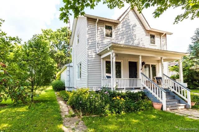 842 N Madison Street, Lapeer, MI 48446 (MLS #R2210064415) :: Berkshire Hathaway HomeServices Snyder & Company, Realtors®