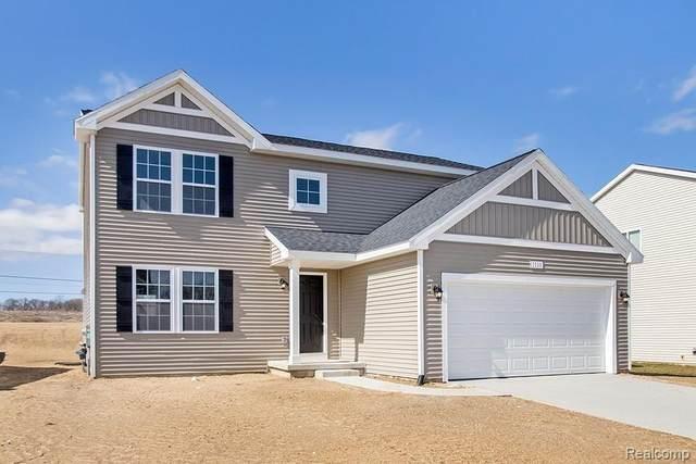 1020 Kemperwood, Howell, MI 48843 (MLS #R2210065591) :: Berkshire Hathaway HomeServices Snyder & Company, Realtors®