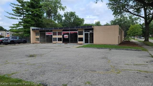 10400 W 9 Mile Road, Oak Park, MI 48237 (MLS #R2210065837) :: Berkshire Hathaway HomeServices Snyder & Company, Realtors®