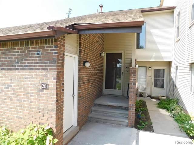 6560 Ridgefield Cir Apt 201 #201, West Bloomfield, MI 48322 (MLS #R2210066303) :: Berkshire Hathaway HomeServices Snyder & Company, Realtors®