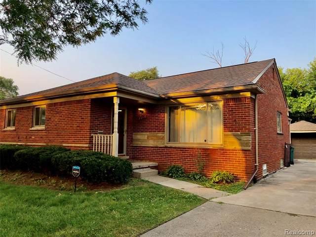 23020 Wildwood Street, Oak Park, MI 48237 (MLS #R2210066733) :: Berkshire Hathaway HomeServices Snyder & Company, Realtors®