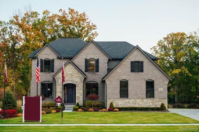 1872 Eastport Drive, Troy, MI 48083 (MLS #R2210068611) :: Berkshire Hathaway HomeServices Snyder & Company, Realtors®