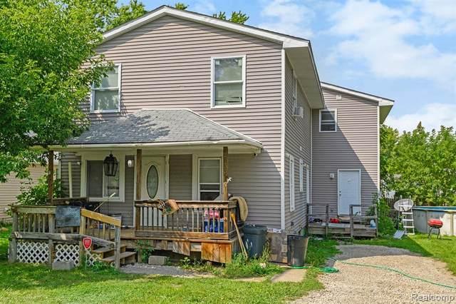 2133 E Mclean Avenue, Burton, MI 48529 (MLS #R2210066402) :: Berkshire Hathaway HomeServices Snyder & Company, Realtors®