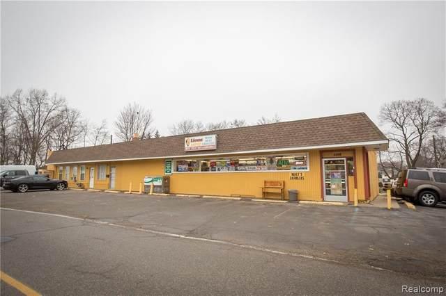 2509 Lansdowne Road, Waterford, MI 48329 (MLS #R2210072111) :: Berkshire Hathaway HomeServices Snyder & Company, Realtors®