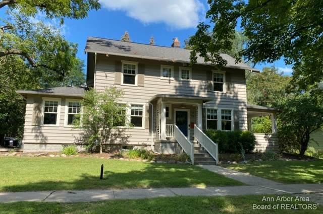 1425 Cambridge Road, Ann Arbor, MI 48104 (MLS #3283721) :: Berkshire Hathaway HomeServices Snyder & Company, Realtors®