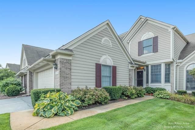 16949 E Lochmoor Circle #22, Northville, MI 48168 (MLS #3283735) :: Berkshire Hathaway HomeServices Snyder & Company, Realtors®